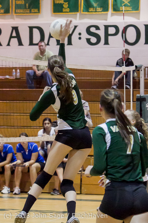 21252 Volleyball v Eatonville 091113