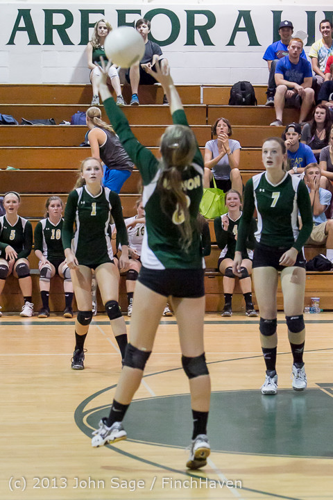21330 Volleyball v Eatonville 091113