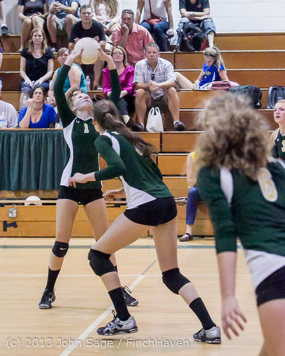 21340 Volleyball v Eatonville 091113