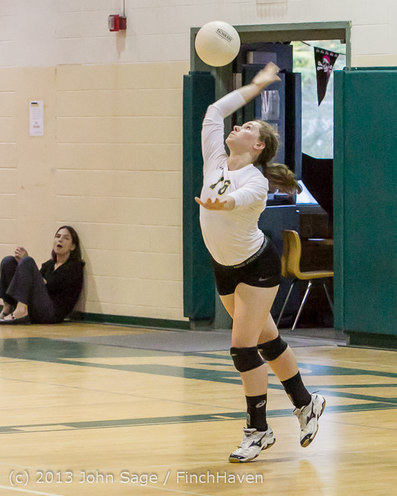 21371 Volleyball v Eatonville 091113