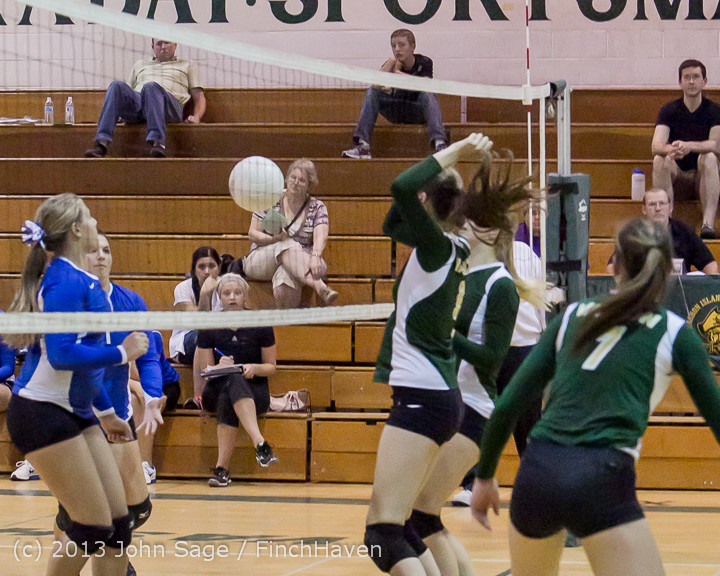 21566 Volleyball v Eatonville 091113