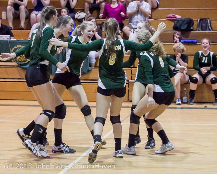 21614 Volleyball v Eatonville 091113