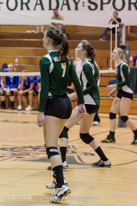 21643 Volleyball v Eatonville 091113