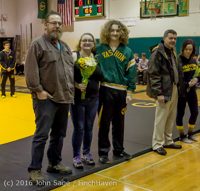 6321_VIHS_Wrestling_Seniors_Night_2016_012116