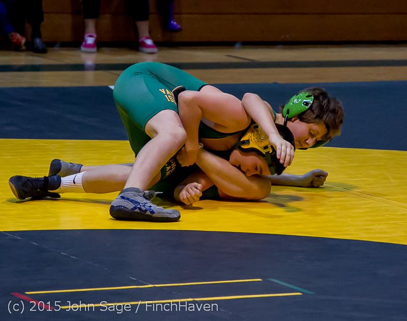 1330 Wrestling v Belle-Chr 011515