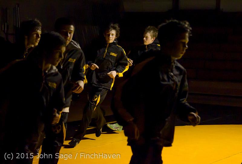 1533 Wrestling v Belle-Chr 011515