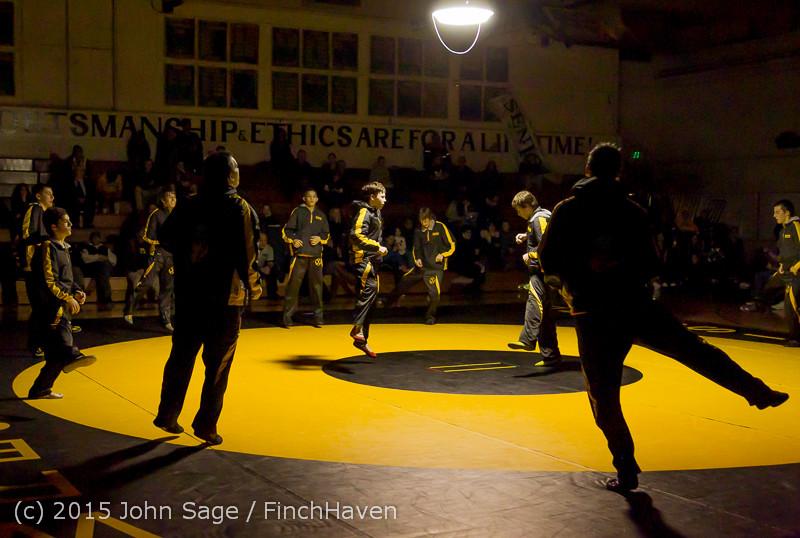 1648 Wrestling v Belle-Chr 011515