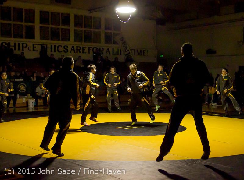 1657 Wrestling v Belle-Chr 011515