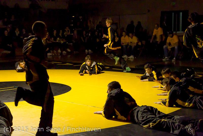 1769 Wrestling v Belle-Chr 011515