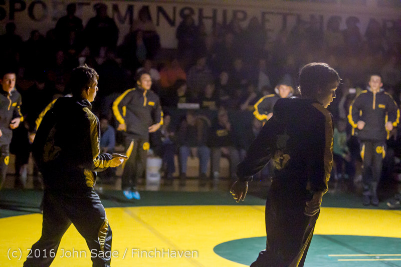 1738 Varsity Wrestling v Montesano 121015