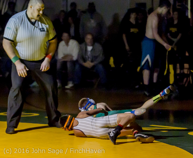 2557 Varsity Wrestling v Montesano 121015