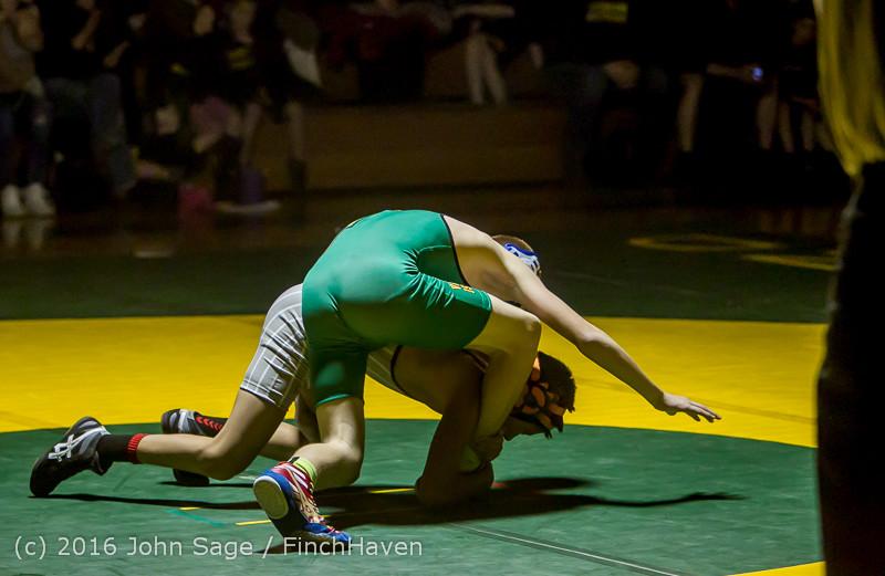 2574 Varsity Wrestling v Montesano 121015