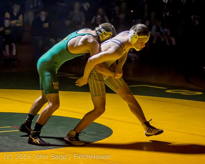 3943 Varsity Wrestling v Montesano 121015