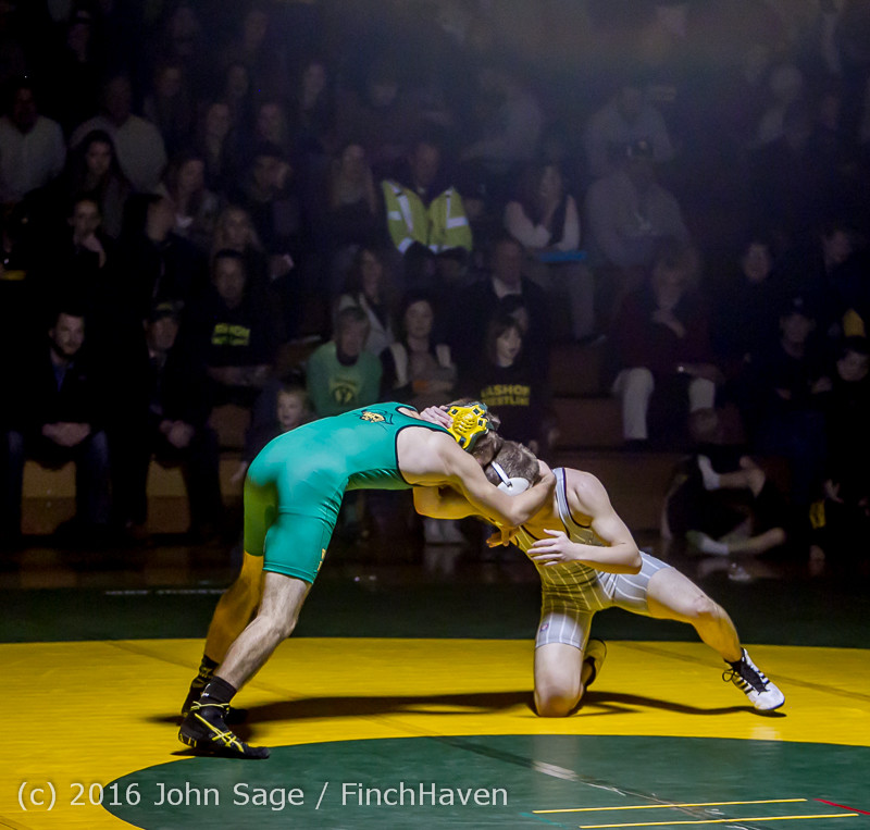 4089 Varsity Wrestling v Montesano 121015