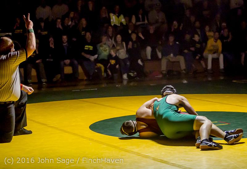 5072 Varsity Wrestling v Montesano 121015