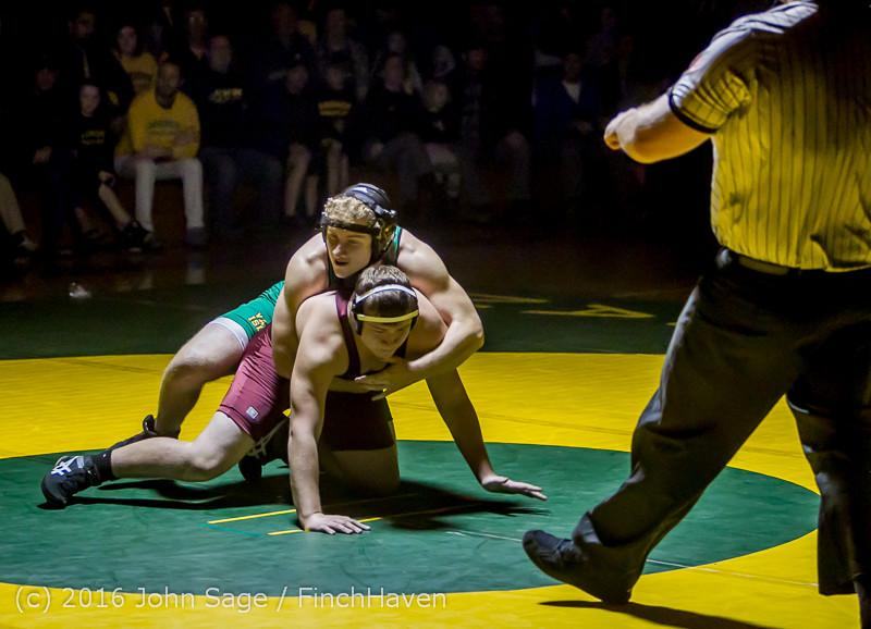 5290 Varsity Wrestling v Montesano 121015