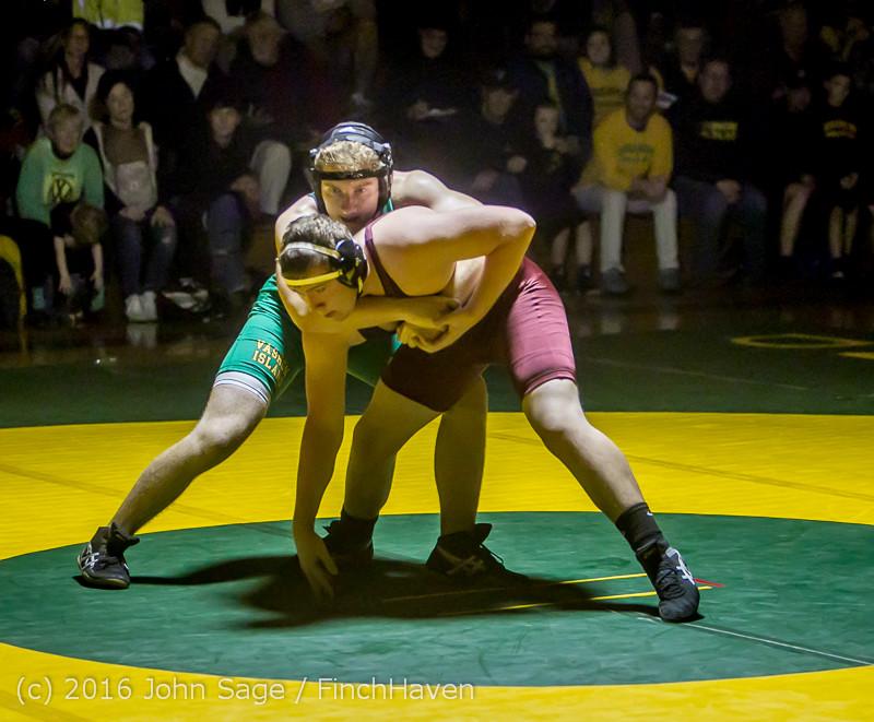 5345_Varsity_Wrestling_v_Montesano_121015