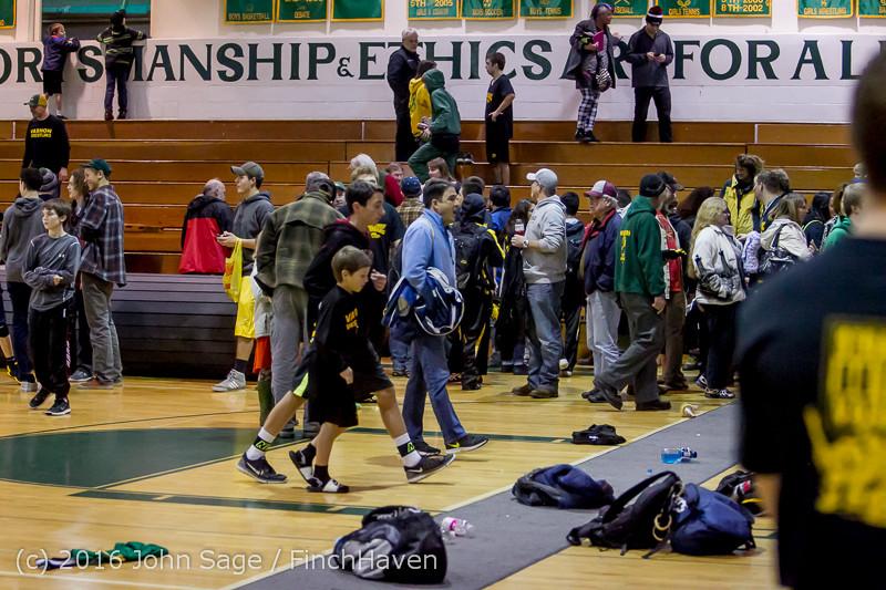 5649 Varsity Wrestling v Montesano 121015