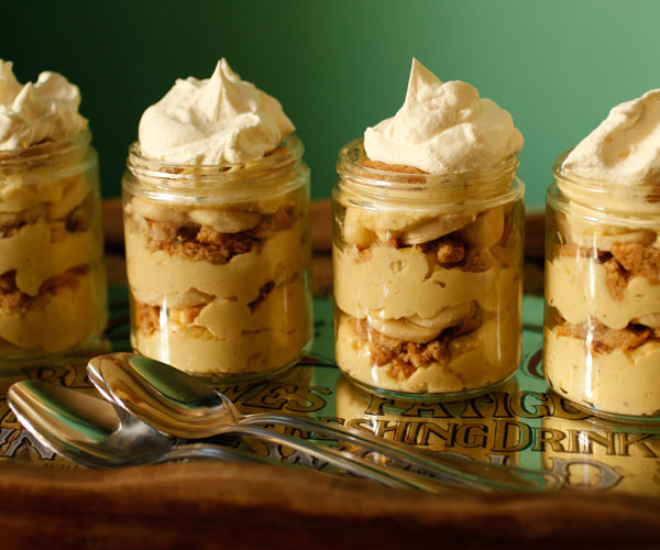 Banana pudding with moonshine whipped cream finecooking chris granger forumfinder Image collections