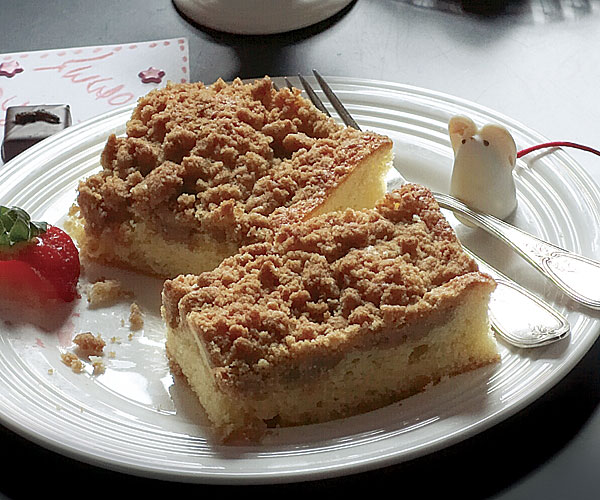 Sour Cream Coffee Cake with Brown Sugar Streusel - Recipe ...