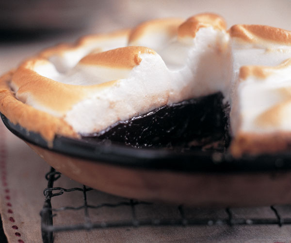 Old-Time Chocolate Meringue Pie - FineCooking