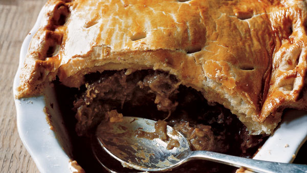 Slow-Cooker Steak and Guinness Pie - Recipe Recipe