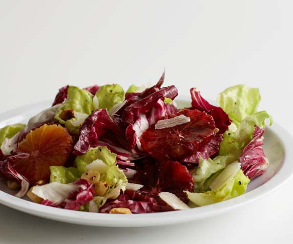 how to cut radicchio for salad