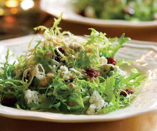 Frisee Salad With Blue Cheese Dried Cherries Walnut Vinaigrette