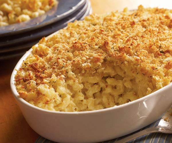 Baked Macaroni and Cheese with Bread Crumb Topping