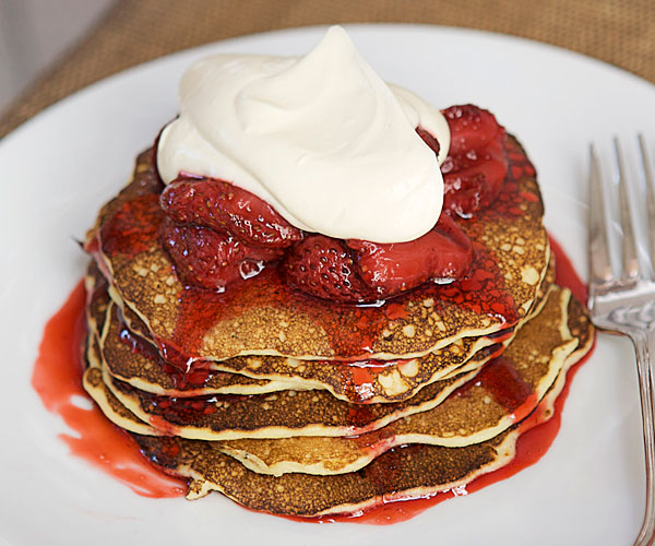 Superior Cottage Cheese Pancakes With Crème Fraîche U0026 Strawberries