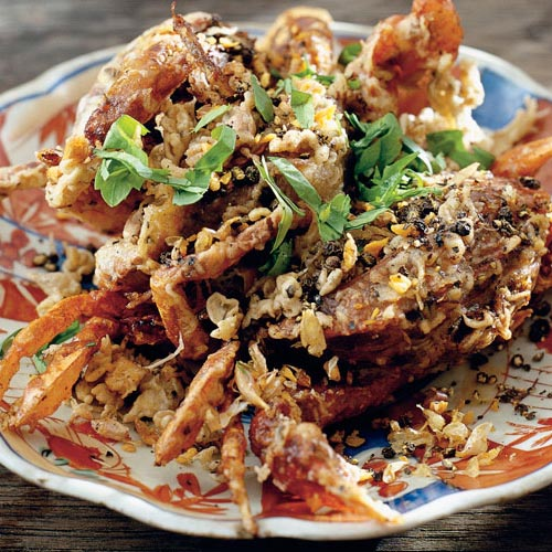 Deep-Fried Soft-Shell Crabs with Garlic and Black Pepper