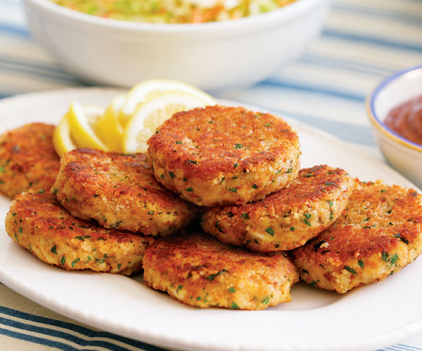 Crab shrimp salmon make the best fish and seafood for Salmon fish cake recipe