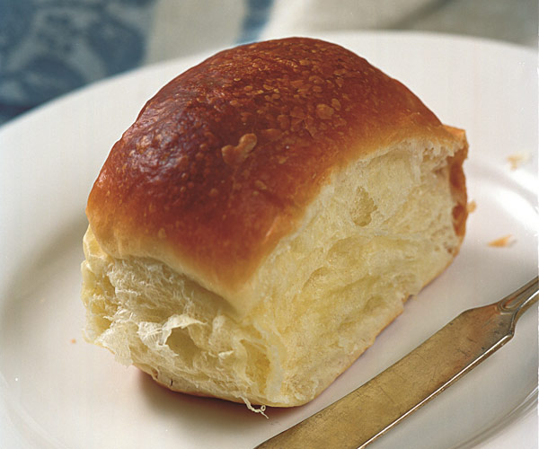 Shaping Dinner Rolls to Look and Taste Their Best ...