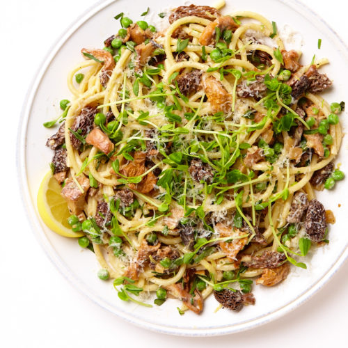 bucatini with wild mushrooms and peas