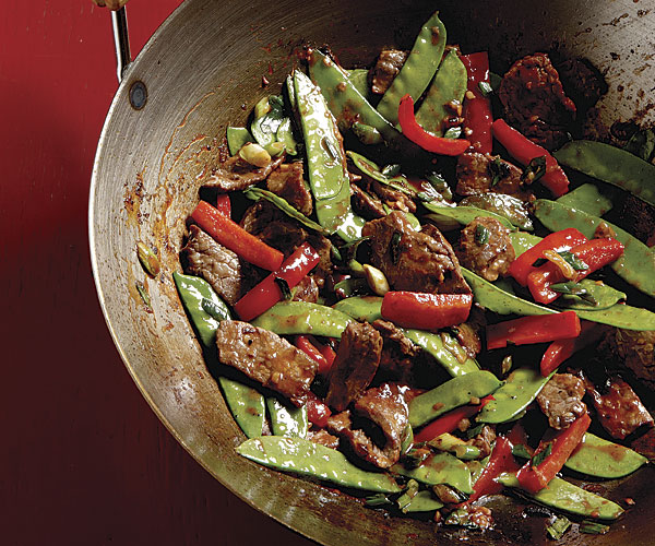Stir-Fried Chili Beef with Bell Peppers and Snow Peas recipe