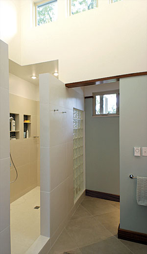 Bathroom remodeling on any budget for Bathroom redesign app