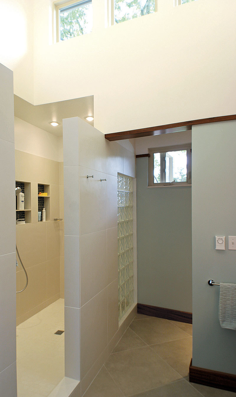 Bathroom Remodeling On Any Budget Fine Homebuilding - Austin bathroom remodel