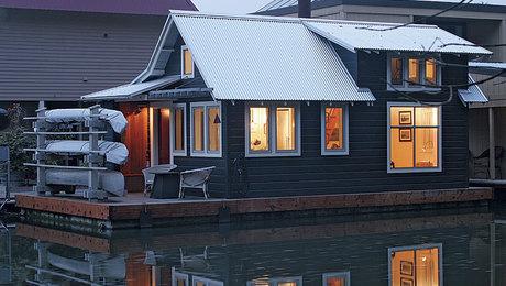 211HA-house-boat