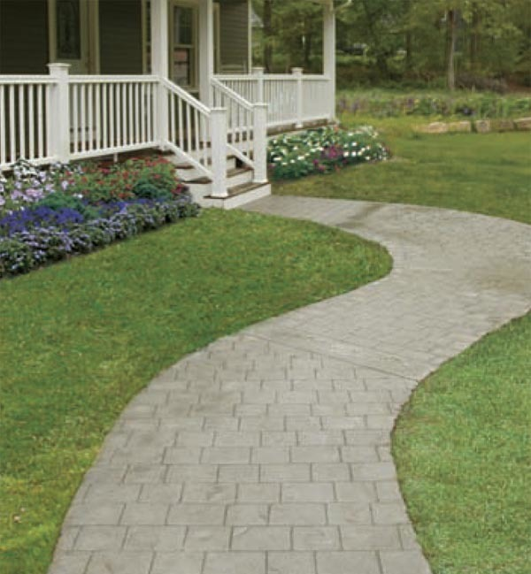 Concrete Front Walk : Creating a curved concrete walkway fine homebuilding