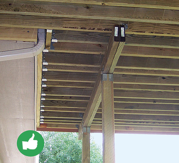Top 10 deck building mistakes fine homebuilding for Balcony joists