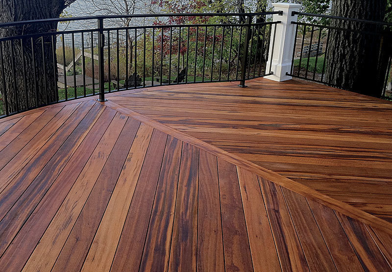 Buyer 39 s guide a plank for every deck fine homebuilding for Plastic composite decking