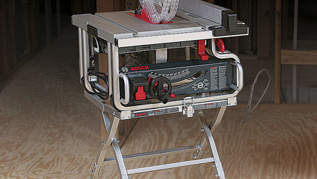 021248064-bosch-gts1031-tablesaw