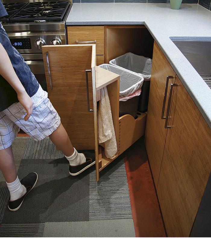 021255029-kitchen-trash-storage_xlg