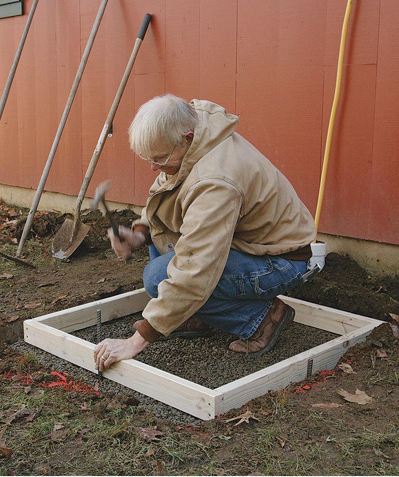 Small Concrete Slab : Placing a small concrete slab fine homebuilding