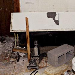 Removing an Old Tub - Fine Homebuilding