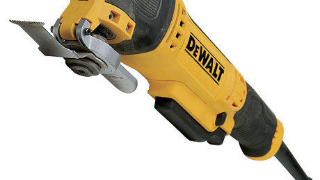 021244028-01-dewalt-multitool
