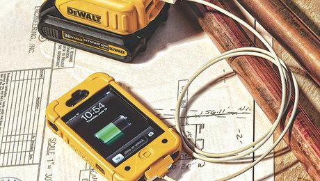 021254032-dewalt-usb-charger