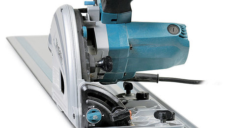 021254079-makita-sp600j-track-saw