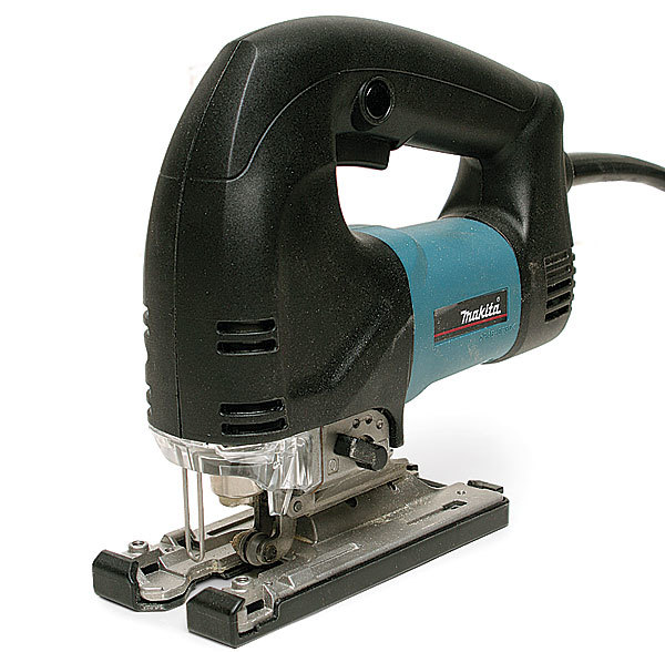 4340fct jigsaw review fine homebuilding the makita 4340fct is a solid performer with a handy led its middle of the road pricing is attractive and its size and agility make it a good choice for greentooth Images