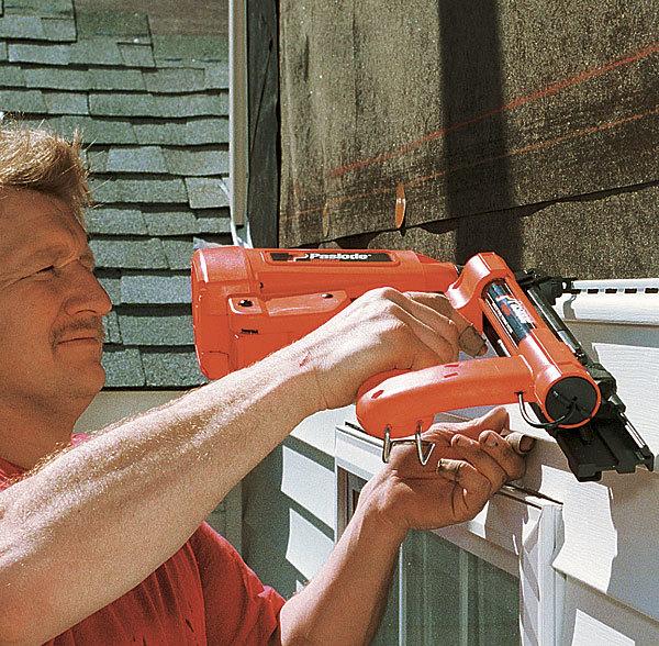 Im200 S16 Hoseless Siding Stapler Review Fine Homebuilding